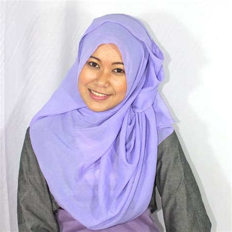 tutorial hijab queenova 12 best eastern fashion images on pinterest faces