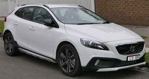 volvo hatchback 2015 file 2015 volvo v40 my15 cross country d4 luxury