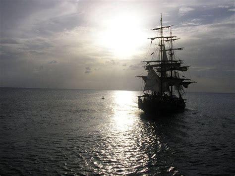 barco pirata hd pirate ship backgrounds wallpaper cave
