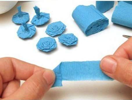 How To Make Crepe Paper Balls - how to make crepe paper flower