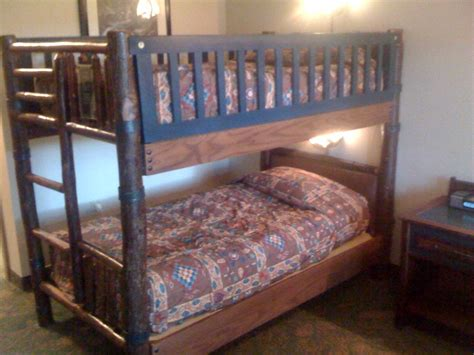 Disney Bunk Bed Photo Tour Of A Standard Room At Disney S Wilderness Lodge Yourfirstvisit Net