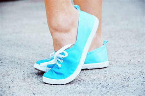 ombre shoes diy mr kate diy ombre sneakers