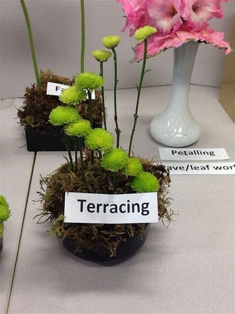 flower arrangement techniques terracing floral design techniques pinterest