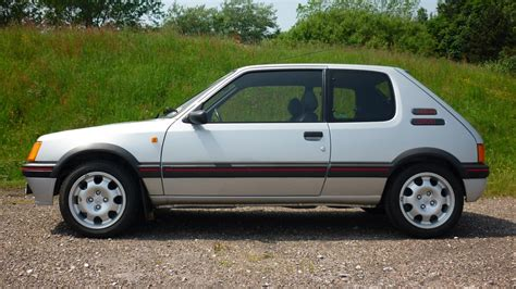 peugeot 205 gti this peugeot 205 gti just sold for a record price