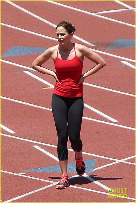 emily blunt diet emily blunt wicked wednesday workout photo 2687328