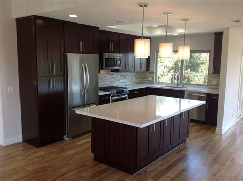 what is a contemporary kitchen builder supply outlet