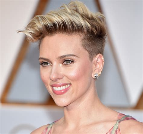 scarlett johansson ocscar hairdo 10 best hairstyles at the oscars 2017 buro 24 7
