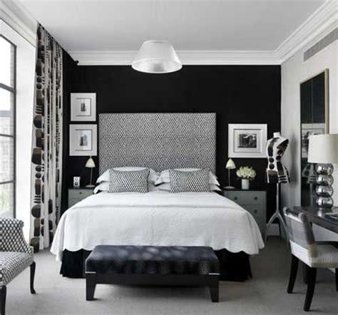 pin dise o de interiores quartos de casal decorados e planejados on dise 241 o de interiores quartos de casal com papel de parede