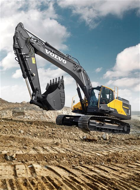 volvo 320 excavator twelve manufacturers size up their excavator lines