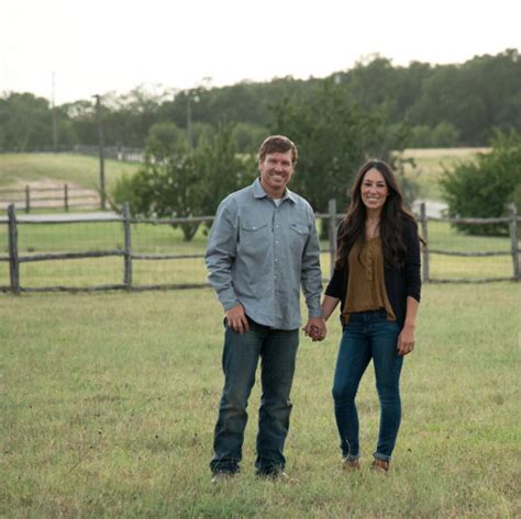chip and joanna gaines facebook the magnolia house chip and joanna gaines bed and