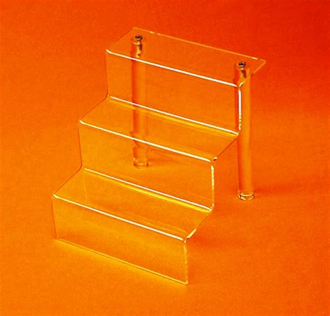 displays by rioux three step stairs