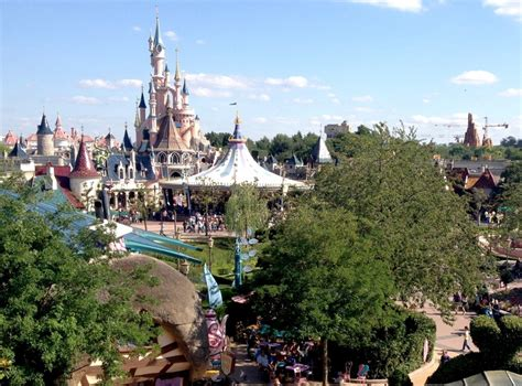 Cup Aice Singapore 17 best images about great theme park castles on