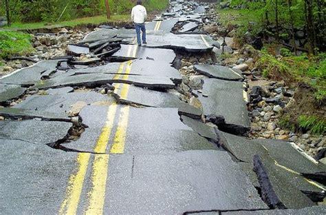 factors affecting pavement road design