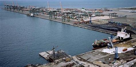 porto taranto taranto vendola il porto di taranto sar 224 hub italiano