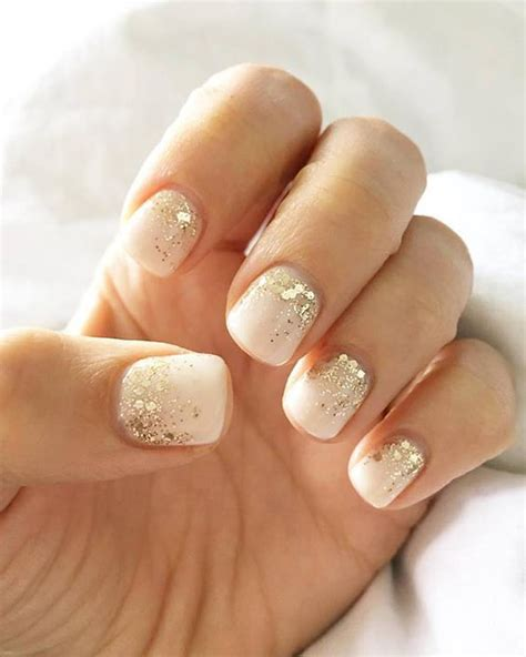 white nail beds 25 coolest glitter manicure ideas from pinterest styleoholic