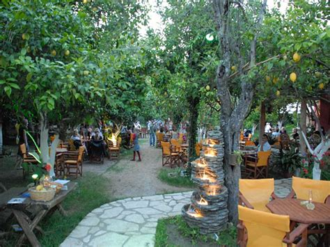 backyard garden restaurant corfu restaurants