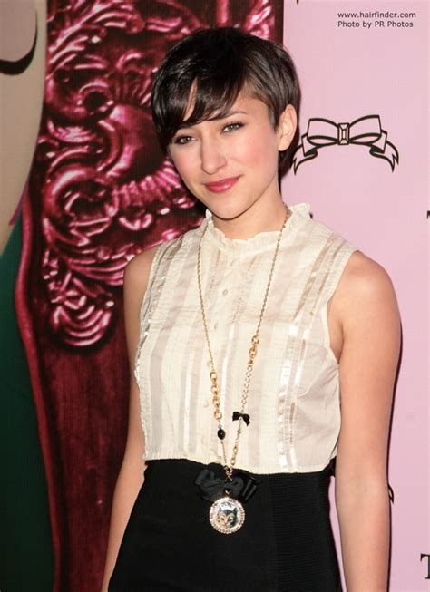 zelda williams short hairstyle  easy keeper  ready