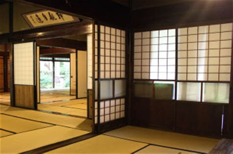 japanese walls what to about japanese etiquette travel