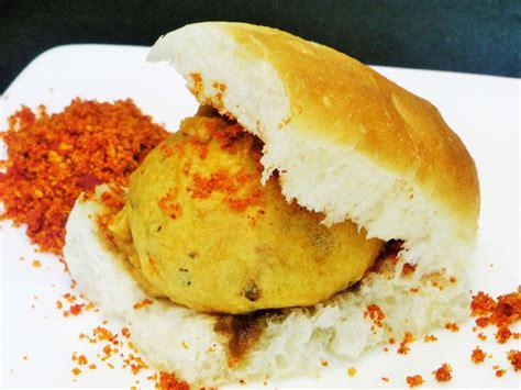pav bhaji masala recipe in marathi pav bhaji madhurasrecipe