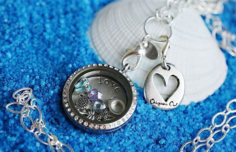 knock origami owl 1000 ideas about living lockets on floating