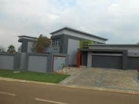 Country Bedrooms 5 bedroom house for sale for sale in silver lakes golf