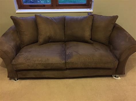 cleaning suede sofa house  fuentes   clean  micro suede couch   thesofa