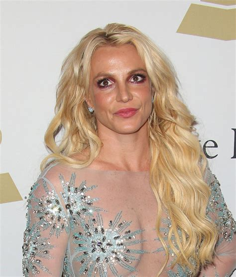 Cele|bitchy | Lifetime's 'Britney Ever After' biopic was ... Britney Spears