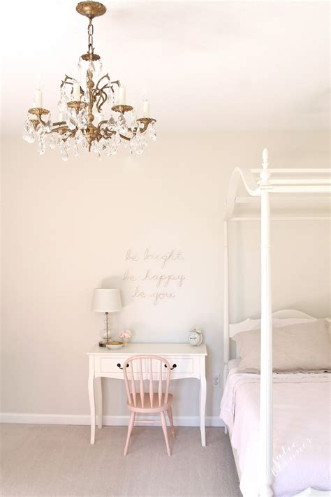 Cream Colored Bedroom Furniture - the best cream paint colors white paint colors