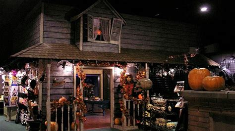 halloween themed events los angeles find the best halloween store in los angeles for you