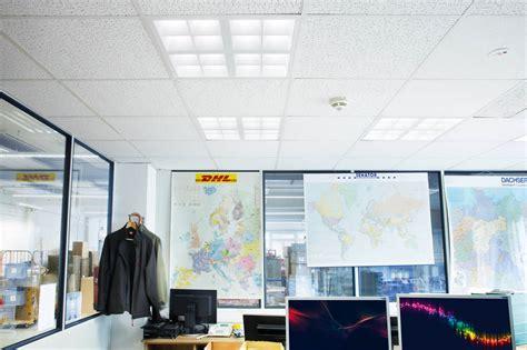 Beleuchtung Lagerhalle by Besseres Licht Geringere Kosten Axro Lagerhalle Leuchtet