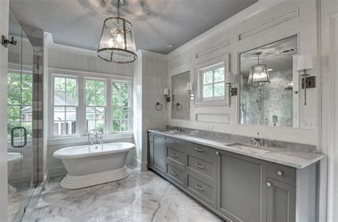 Home Designer Pro Square Footage by Master Bathroom With Undermount Sink Amp Crown Molding In