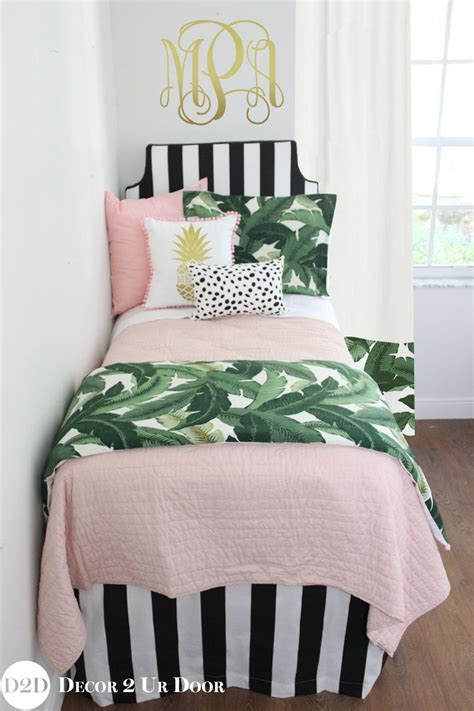 palm tree themed bedroom palm tree bedding sets for dorm rooms black and white