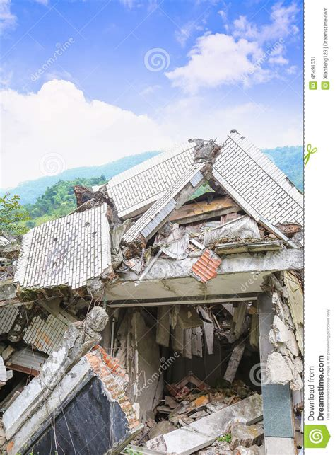 earthquake house earthquake house stock photo image 45491031