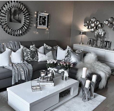 modern living room clean decor white gray silver