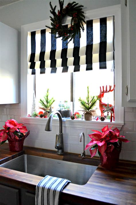 how to get your kitchen ready for christmas period living decking the halls my christmas kitchen window the ugly
