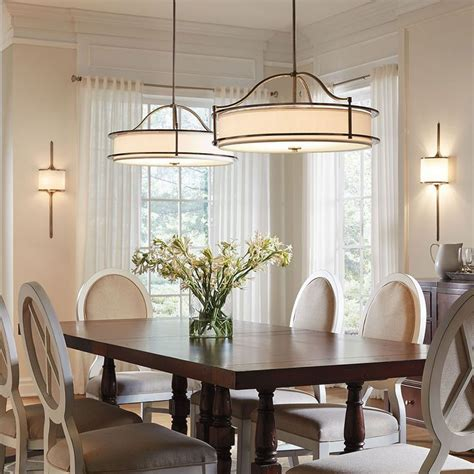 hanging dining room lights best 25 dining room chandeliers ideas on pinterest