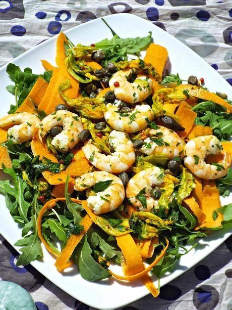 insalata di fiori di zucca insalata estiva con mazzancolle e fiori di zucca paperblog