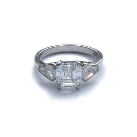 Platinum Square 2 platinum square cut ring 2 02 carats d colour jewellery discovery