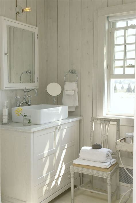 small cottage bathrooms ideas  pinterest