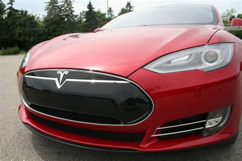 tesla after hours trading tesla shares drop in after hours trading as 3q results