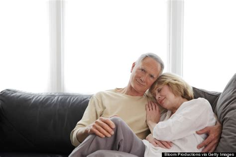 couple on sofa 11 ways to make your long term marriage happier starting