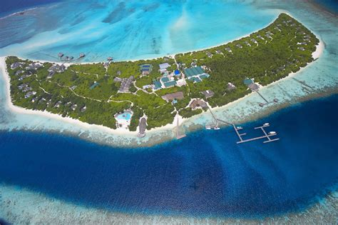 hideaway resort maldives find best island hideaway at dhonakulhi maldives 1 homedsgn