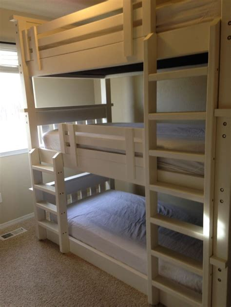 triple bunk beds 17 best ideas about triple bed on pinterest 3 bunk beds