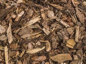 benefits of wood mulch are wood chips good mulch for gardens