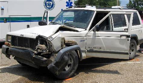 wrecked white jeep grand wrecks monticello live