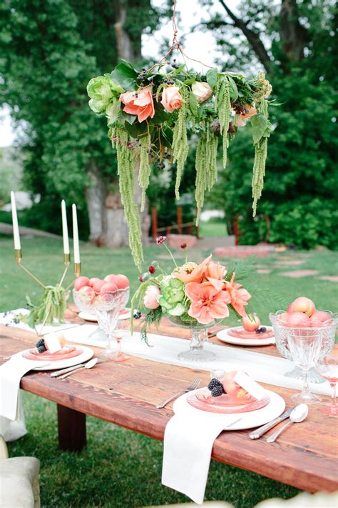 garland chandelier 10 ways to use a garland lace and lilies