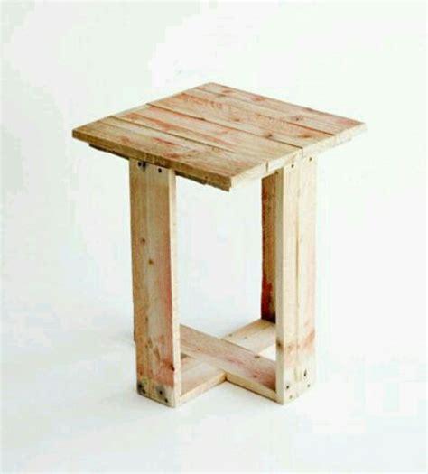banqueta rustica de madeira banqueta madeira rustica banco pallet r 35 00 em