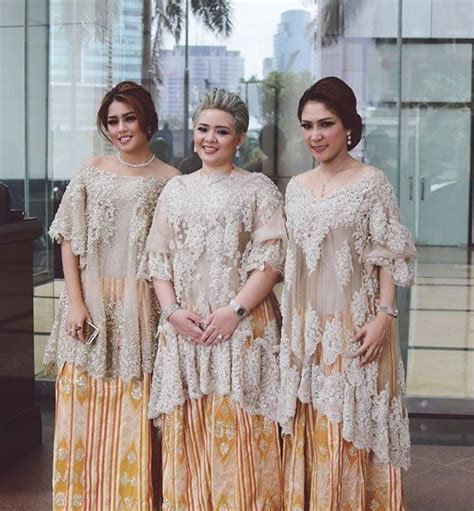 model gaun batik jumputan 162 best images about model kebaya modern kebaya gaun