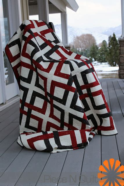 beginner s guide to free motion quilting piece n quilt quot twisted up quot beginner s guide to free
