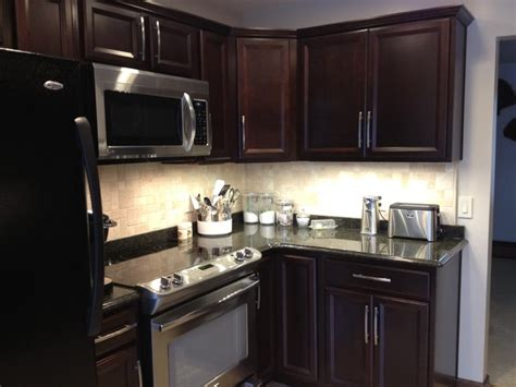 Shenandoah Kitchen Cabinets by Shenandoah Breckenridge Cherry Java Kitchen Kitchen Philadelphia By Lowe S